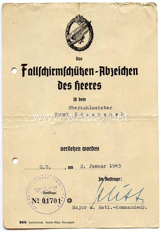 Fallschirmschützenabzeichen des Heeres - Verleihungsurkunde und mit ...